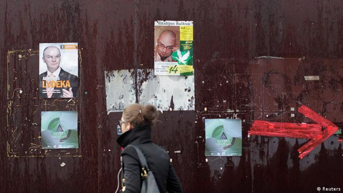 Wahlplakate in Vilnius (Foto: REUTERS)