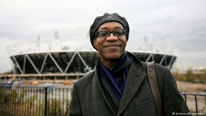 Olympic champion Edwin Moses visits the Olympic Park in Stratford, London, 31 October 2011. Photo: Jin Yi Bj/Imaginechina