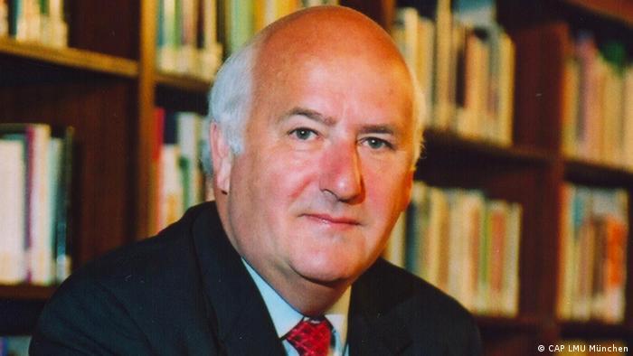 Porträt Prof. Dr. Dr. h.c. Werner Weidenfeld LMU München (CAP LMU München)