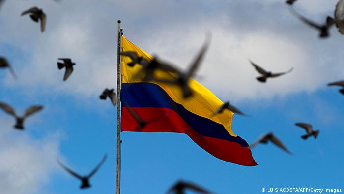 Kolumbien Flagge und Tauben (LUIS ACOSTA/AFP/Getty Images)