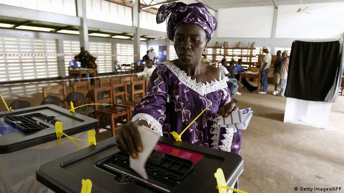 A woman casts her vote In the 12007 presidential (Photo: ISSOUF SANOGO/AFP/Getty Images)