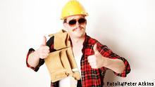 Symbolbild Handwerker Bauarbeiter Tischler Zimmermann Dachdecker Arbeiter Handwerk