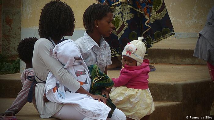 Resultado de imagem para falar sobre sexualidade com os filhos maputo