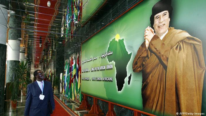 Em 40 anos, Kadhaffi nacionalizou grande parte das actividades económicas líbias e investiu em massa no continente africano