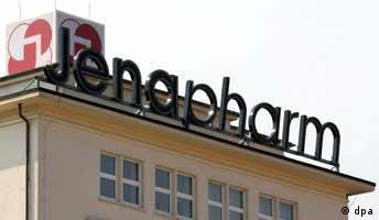 Jena (Thüringen): Firmenzentrale der Jenapharm GmbH in Jena, aufgenommen am 23.08.2002.