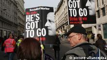 England Politik Protest gegen David Cameron