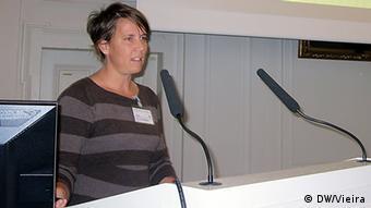 A médica Sarah Van Rompáey diz que novos diagnósticos de tuberculose também ajudam a combater a SIDA