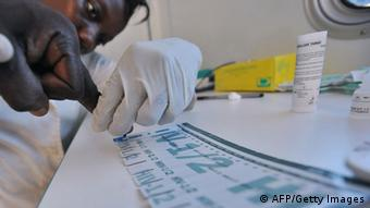 AIDS-Test Westafrika (AFP/Getty Images)