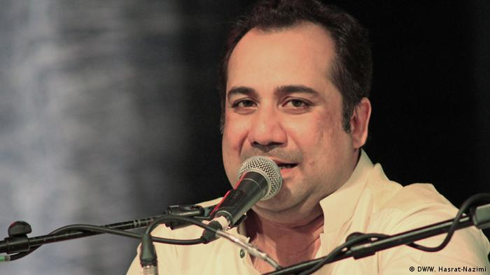 Rahat Fateh Ali Khan in Frankfurt, Germany Photo: Waslat Hasrat-Nazimi / DW