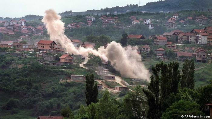 Sarajevo Kriegsbeginn: Rauch liegt über Häusern (AFP/Getty Images)