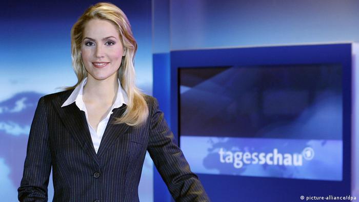 Newsreader Rudith Rakers in the Tagesschau studio