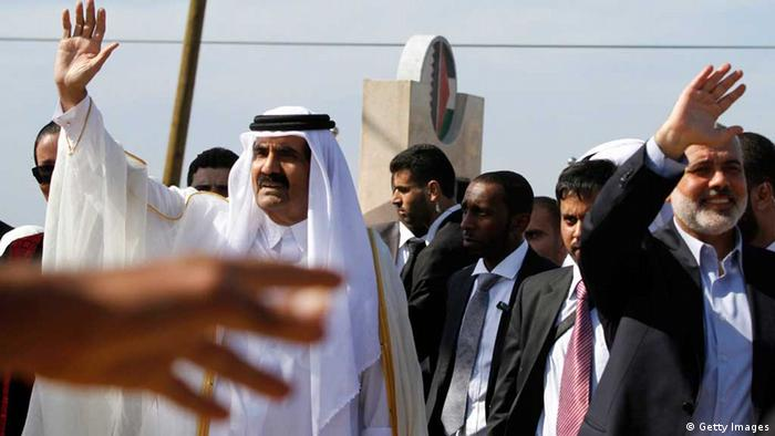 Sheikh Hamad bin Khalifa al-Thani in Gaza (Getty Images)