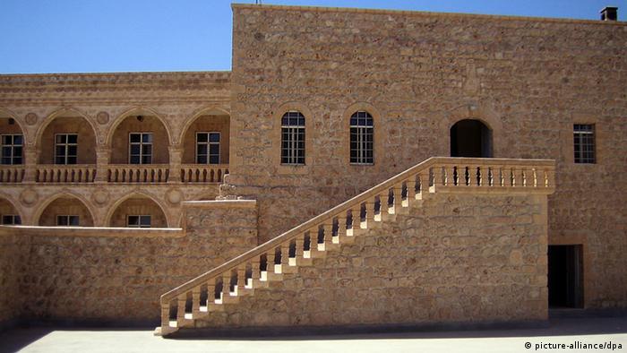 Arşiv: Mardin Mor Gabriel Kilisesi
