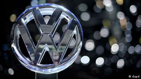 DW: 15.374 Γερμανοί ζητούν αποζημιώσεις από την Volkswagen