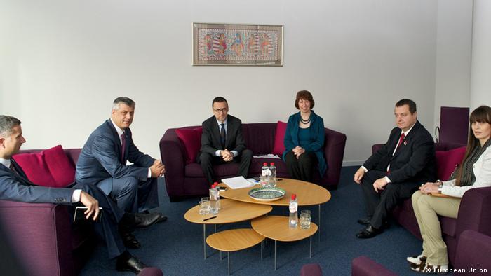 Politički dijalog sa Prištinom i primjena sporazuma o zajedničkom upravljanju granicama vide sa kao najveći politički proboj nove vlasti u Beogradu.