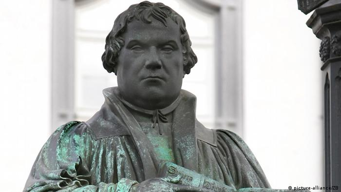 Statuia lui Martin Luther din Wittenberg