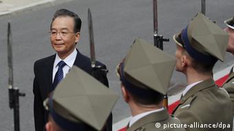 China Wen Jiabao zu Besuch in Polen Archiv