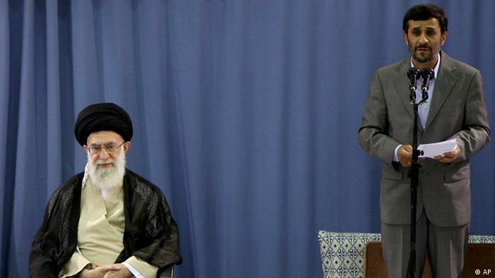 Ajatollah Ali Chamenei und Mahmud Ahmadinedschad (Foto: AP)