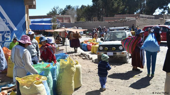 Challapata market in eastern Bolivia (Photo: Peter Treffer)