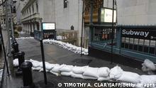 USA Hurrikan Sandy Ostküste Sandsäcke Wall Street