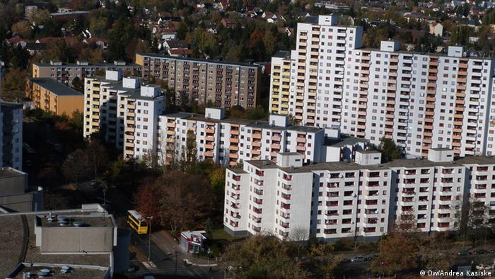 Bild jjp003 Panorama, Hochhauser, von oben mit Grünanlagen Zulieferer: Andrea Kasiske. Foto: Andrea Kasiske
