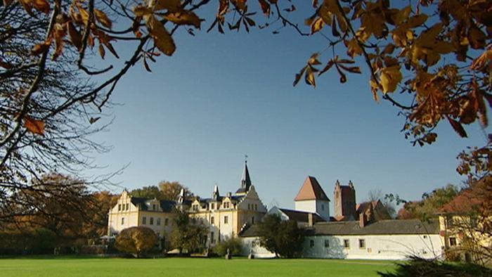 Liebenberg Castle with park