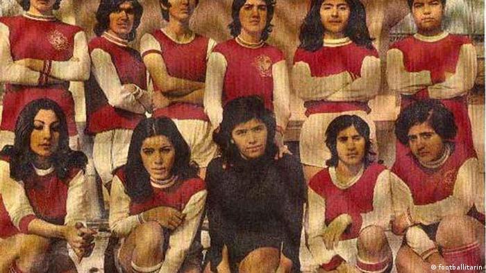 به زودی تیمهای پرسپولیس، دیهیم و عقاب نیز مانند تاج، تیمداری در فوتبال زنان را آغاز کردند. با بالا رفتن تعداد تیمها و استقبال دختران از این رشته ورزشی، فدراسیون فوتبال ایران نیز تشکیل اولین تیم ملی زنان ایران را در دستور کارش قرار داد. اما در پایگاه اطلاعرسانی فدراسیون فوتبال ایران و به طور کلی در دنیای مجازی، اطلاعات موثقی درباره آن تیم وجود ندارد.