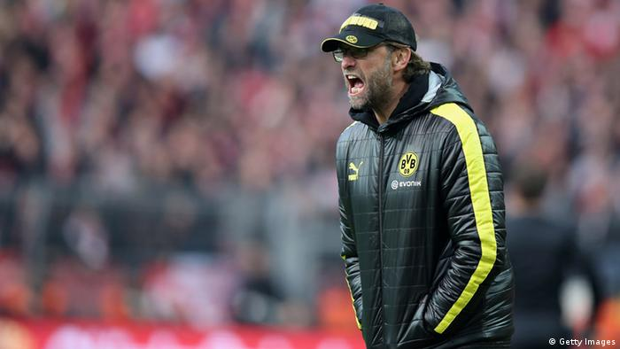 DORTMUND, GERMANY - NOVEMBER 03: Head coach Juergen Klopp of Dortmund gives advise during the Bundesliga match between Borussia Dortmund and VfB Stuttgart at Signal Iduna Park on November 3, 2012 in Dortmund, Germany. (Photo by Friedemann Vogel/Bongarts/Getty Images)