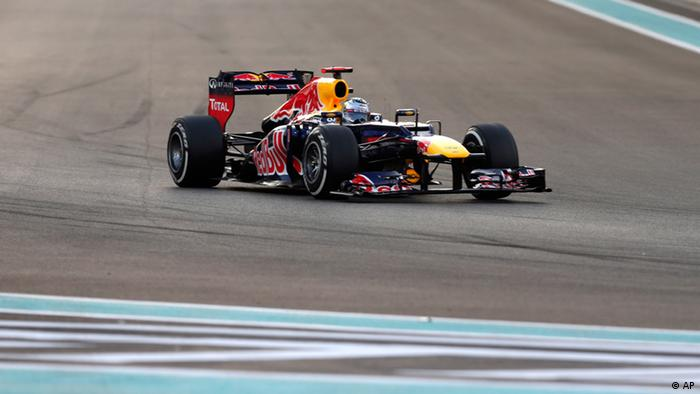 Red Bull driver Sebastian Vettel of Germany steers his car during the Emirates Formula One Grand Prix, at the Yas Marina (Photo:Luca Bruno/AP/dapd)