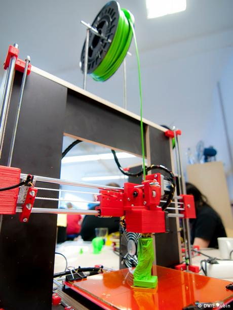 3D Printing workshop in Düsseldorf (Photo: DW/Eliran Rubin)