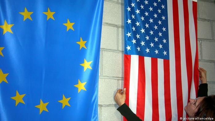 Flaggen USA und EU