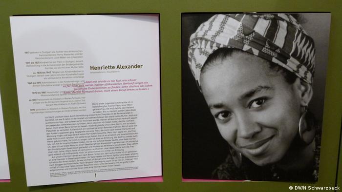 Die Geschichte der Henriette Alexander, danaben ein Porträt der Aktivistin May Ayim (Foto: N. Schwarzbeck)