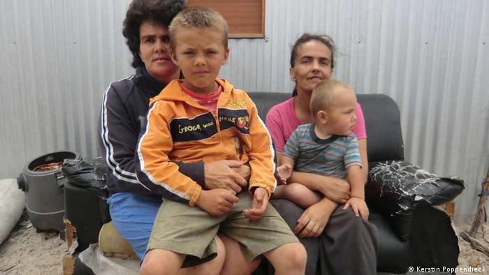 Brancos são cada vez mais em bairros de lata na África do Sul | Internacional – Alemanha, Europa, África | DW | 06.11.2012