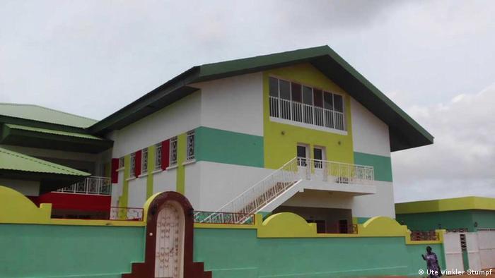 O primeiro centro de tratamento da estomatite gangrenosa em Bissau