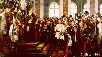 Gemälde von Anton von Werner, das die Kaiserproklamation von1871 in Versailles zeigt; (Foto: ullstein)