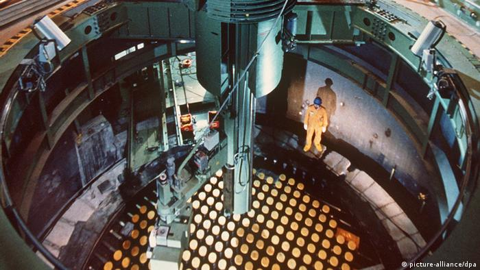 Dismantling of Niederaichbach nuclear reactor core