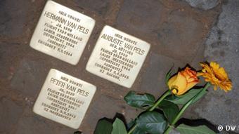 Stolpersteine für im KZ Mauthausen ermodete Opfer des Holocaust