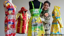 Plastic bags are everywhere, so why not do something creative with them? That's what fashion designer and environmental activist Katell Gélébart thought. With her label Art d'Eco, she transforms plastic waste into wearable jackets, bags and even evening gowns. Except for the rustling of the material, you wouldn't know where it came from.