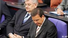 Vertrauensfrage Bundestag Gerhard Schröder und Joschka Fischer