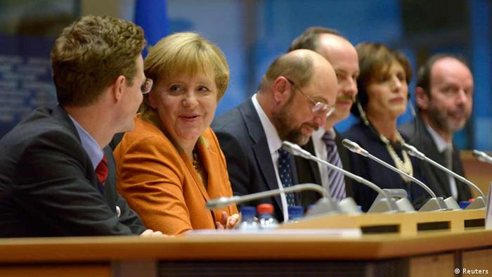 German Chancellor Angela Merkel addresses political groups at the European Parliament in Brussels (Photo: REUTERS/Eric Vidal)