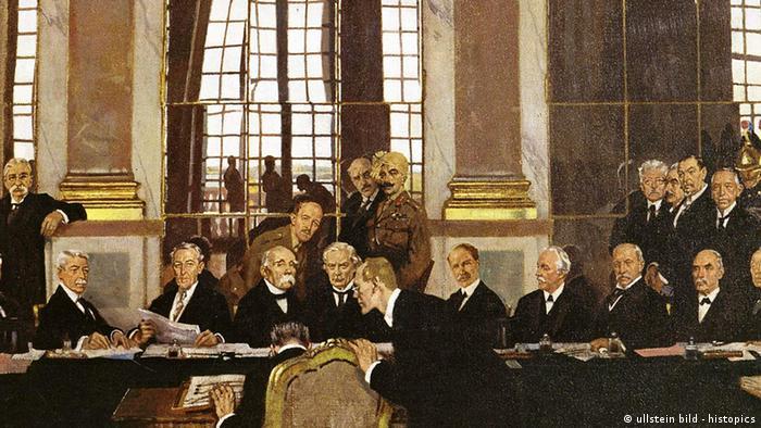Frankreich Deutschland Geschichte Weltkrieg Friedensvertrag von Versailles 1919 (ullstein bild - histopics)