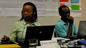 Participants of DW Akademie's Workshop about budget reporting in Maputo (photo: Paulo Nuno Vicente). Copyright: Paulo Nuno Vicente