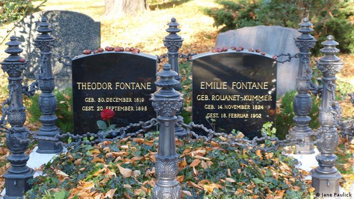 Berlin Cemetery Friedhof (Jane Paulick)