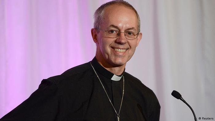 The Bishop of Durham, and the newly appointed Archbishop of Canterbury, Justin Welby, smiles during a news conference at Lambeth Palace in London November 9, 2012. (BRITAIN - Tags: POLITICS RELIGION)