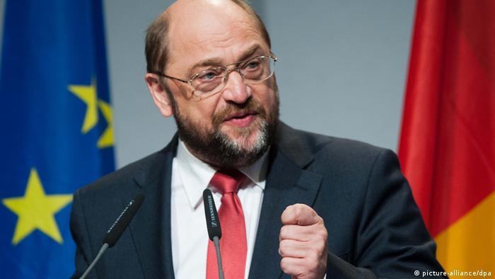 Der Präsident des Europäischen Parlaments, Martin Schulz (SPD), spricht am 09.11.2012 im Paul-Löbe-Haus in Berlin. Er hielt die 3. Europa-Rede. Foto: Maurizio Gambarini/dpa