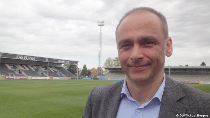 Der Sportdirektor der K.A.S. Eupen Christoph Henkel