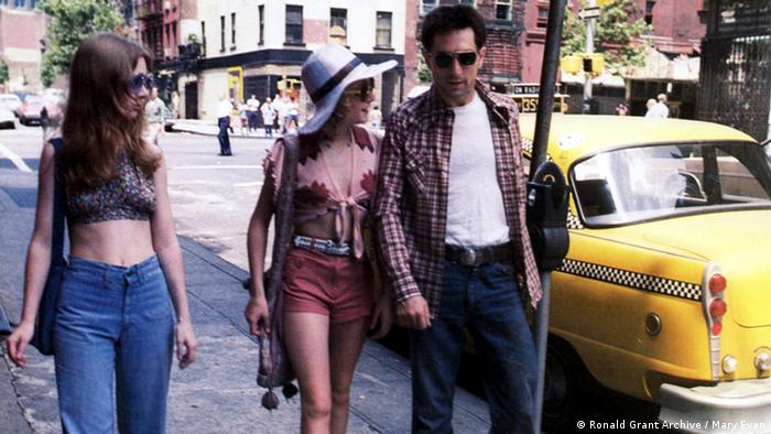 Jodie Foster und Robert De Niro in TAXI DRIVER (Ronald Grant Archive / Mary Evan)