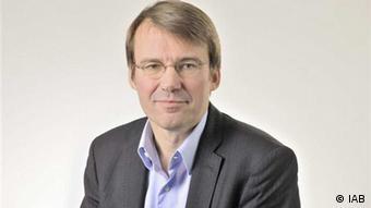 Segundo Herbert Brücker, brain drain pode ter lado positivo para países em crise