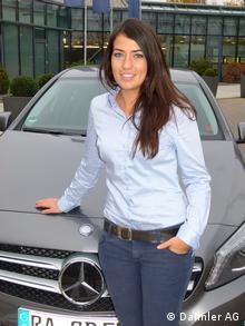Alba Morell trabalha como engenheira na Daimler, Stuttgart