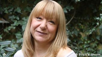Наталя Гузеєва: Скайп хоча і втамовує біль розлуки, однак не дає материнського тепла та запаху.